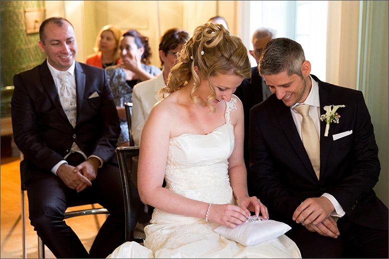 Zivieltrauung Hochzeit auf Schloss Wildenstein (Bad Bubendorf) fotografiert von der Fotografin Soraya Häßler - Bee Lucky Pictures