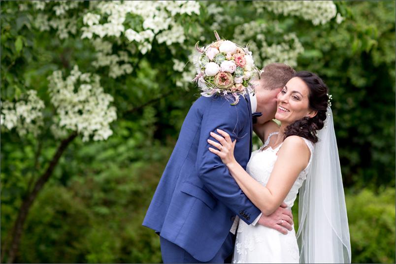 Merian Gärten - Brautpaar Fotoshooting - Hochzeitsfotograf Basel