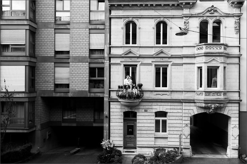 Urbanes Brautpaar Fotoshooting Basel