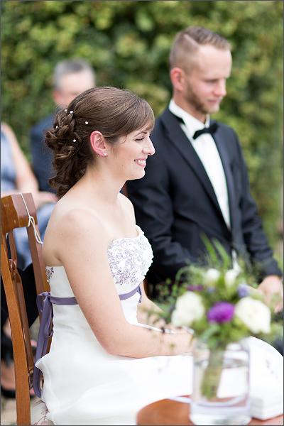 Hochzeitsfotograf Efringen-Kirchen - Standesamtliche Trauung in Mappach - Braut