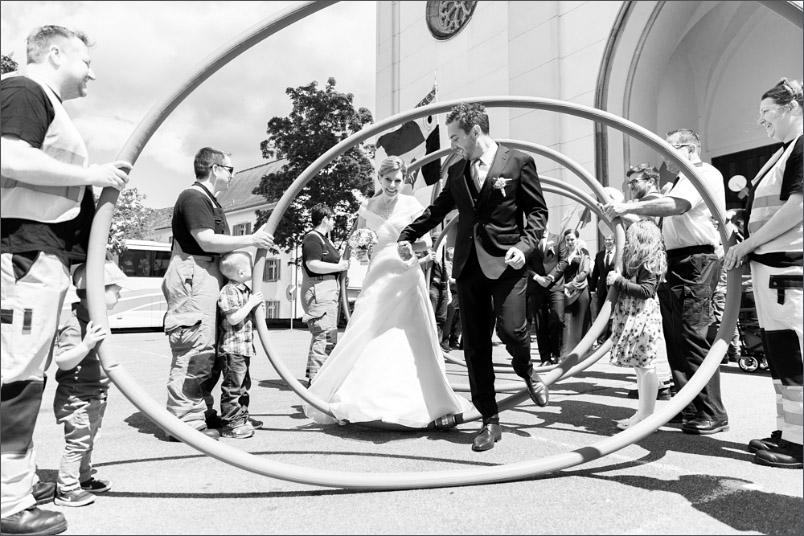 Hochzeit kirchliche Trauung Leuggern Spalier stehen Feuerwehr