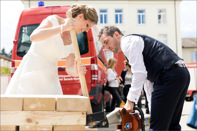 Hochzeit Apéro Leuggern Hochzeitsspiel von der Feuerwehr
