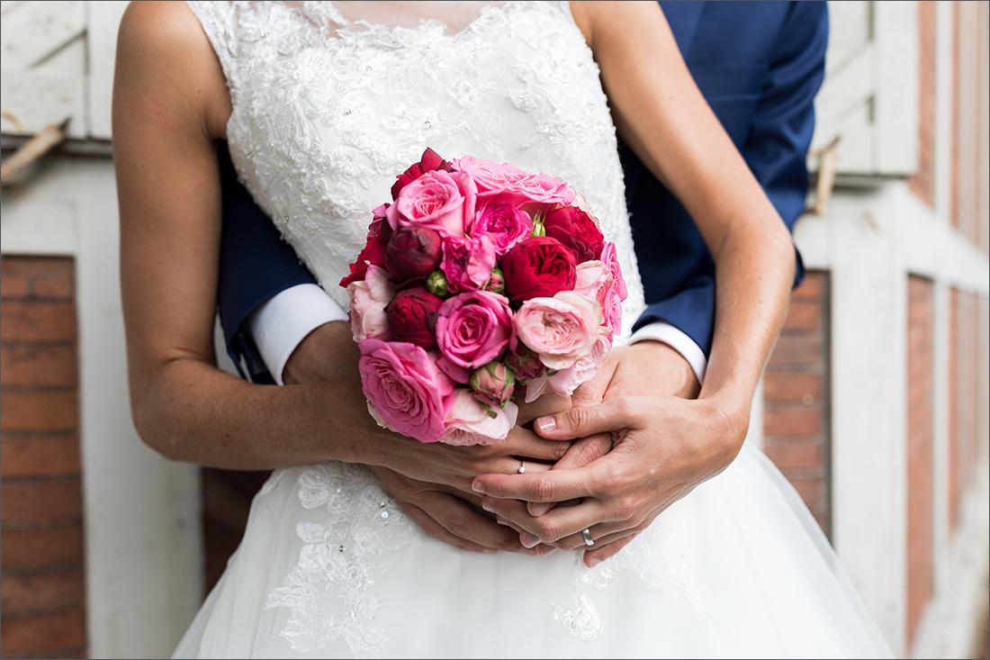 Hochzeitsfotograf Basel - Brautpaar Merian Gärten