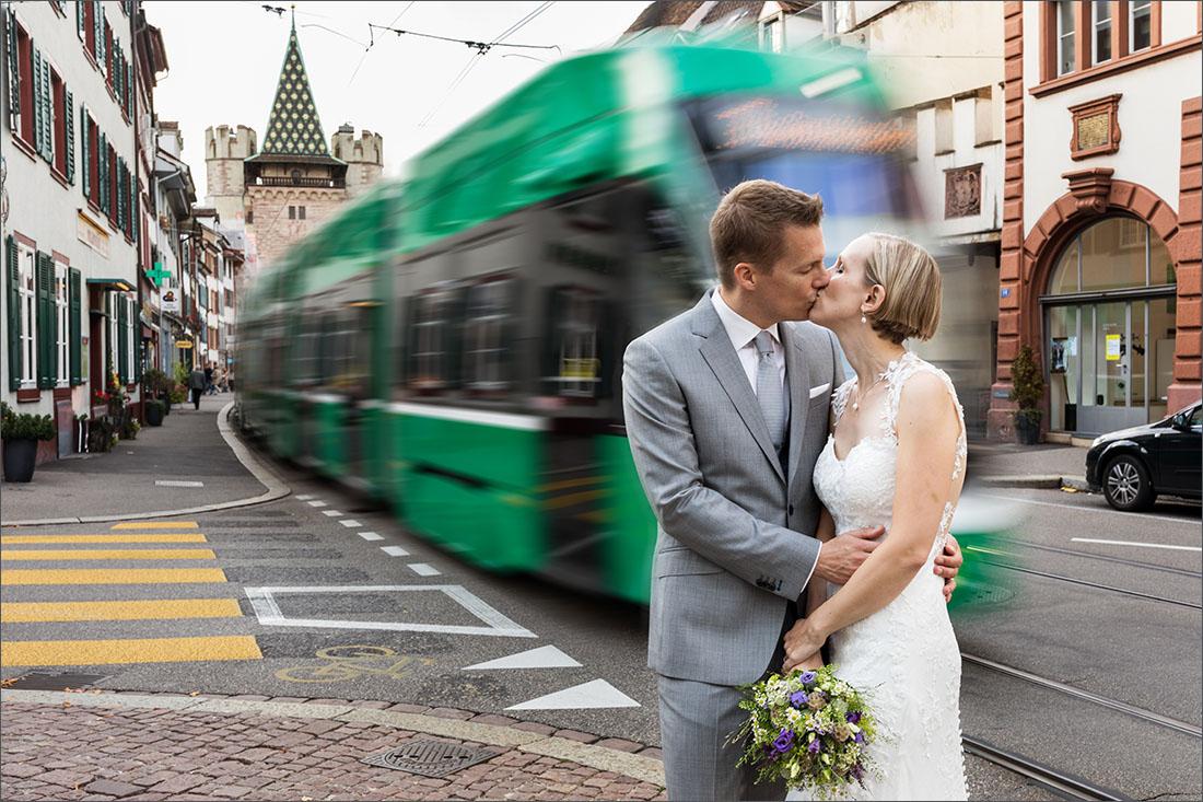 Hochzeitsfotografin Basel - Spalenberg Tram
