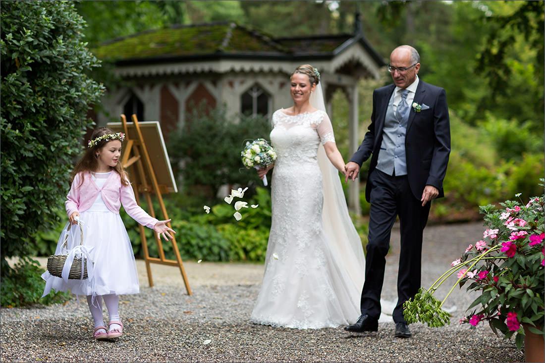 Blumenmädchen Hochzeit Merian Gärten