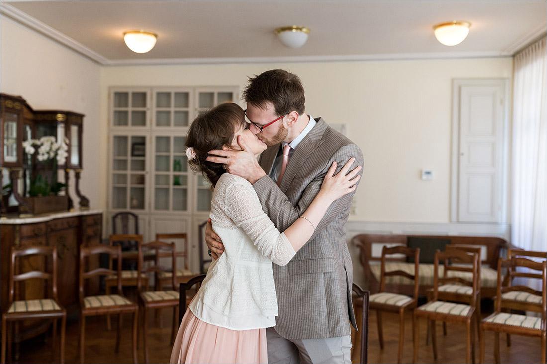 Wundervolle Hochzeit zu zweit im Haus Salmegg in Rheinfelden (Baden).