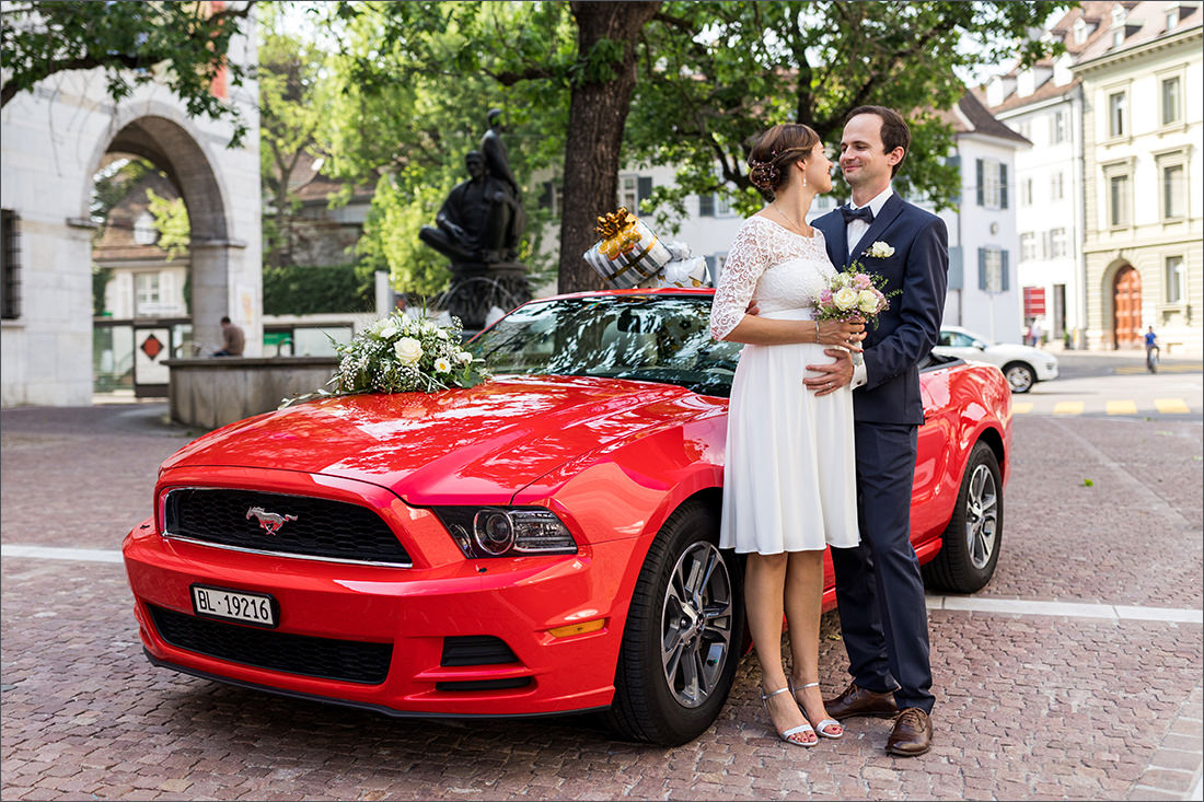 Roter Mustang Cabrio